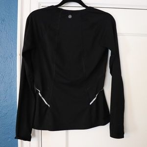 Athleta Tops - Athleta long sleeve running shirt
